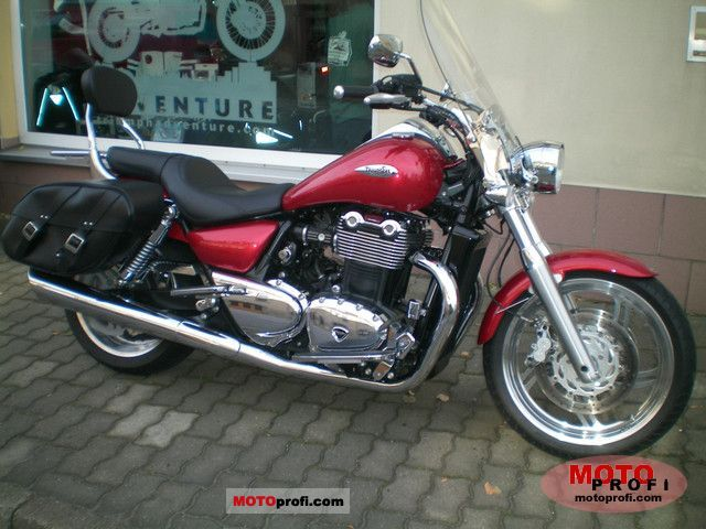 Triumph Thunderbird SE 2011 photo