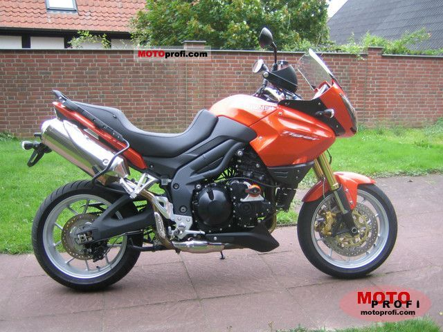 Triumph Tiger 1050  SE 2011 photo