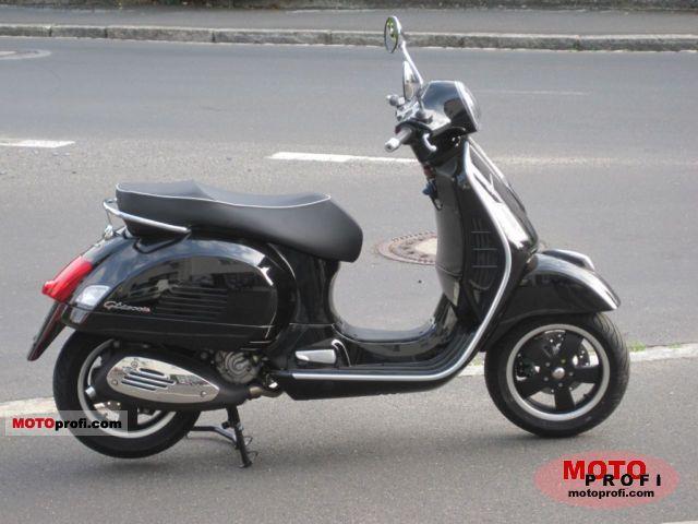 Vespa GTS 300 2011 photo