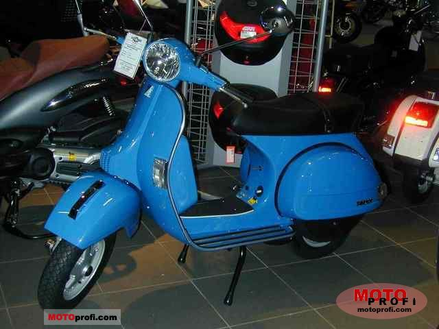 Vespa PX 125 2011 photo