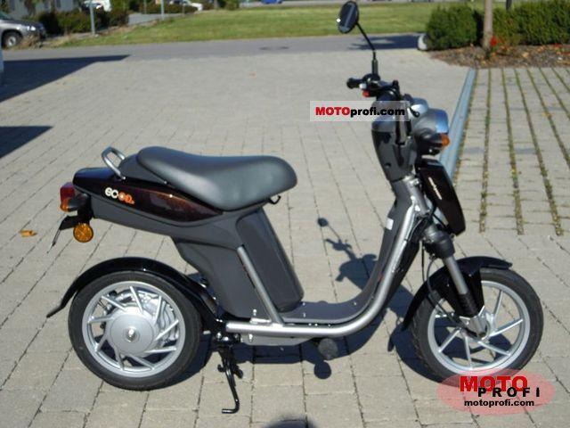 Yamaha EC-03 2011 photo