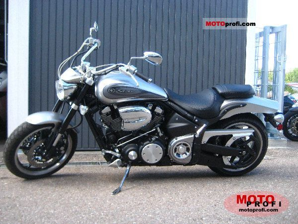 Yamaha Road Star 2011 photo