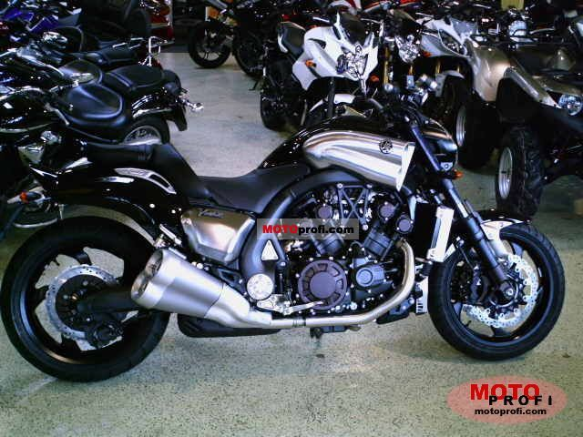 Yamaha VMAX 2011 photo