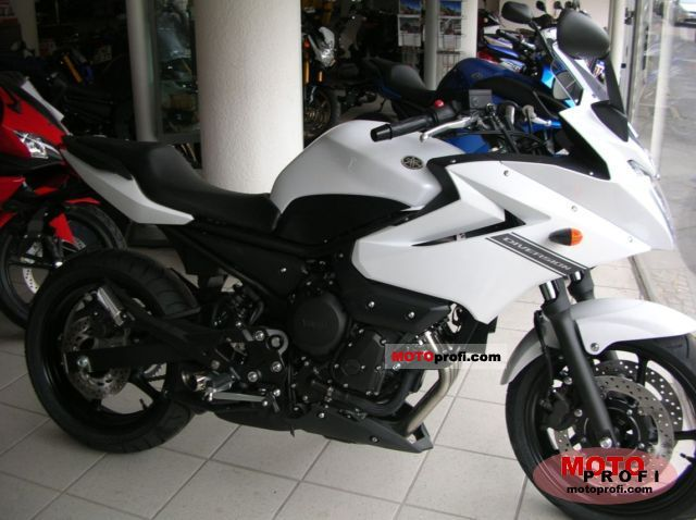 Yamaha XJ6 Diversion 2011 photo