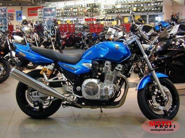 Yamaha XJR 1300 2011 photo