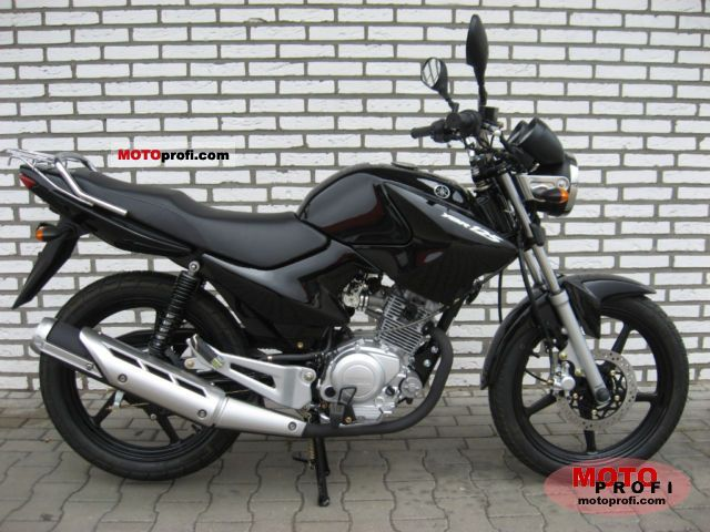 Yamaha YBR125 2011 photo