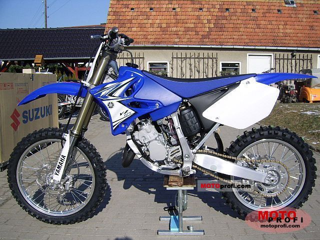 Yamaha YZ125 2011 photo