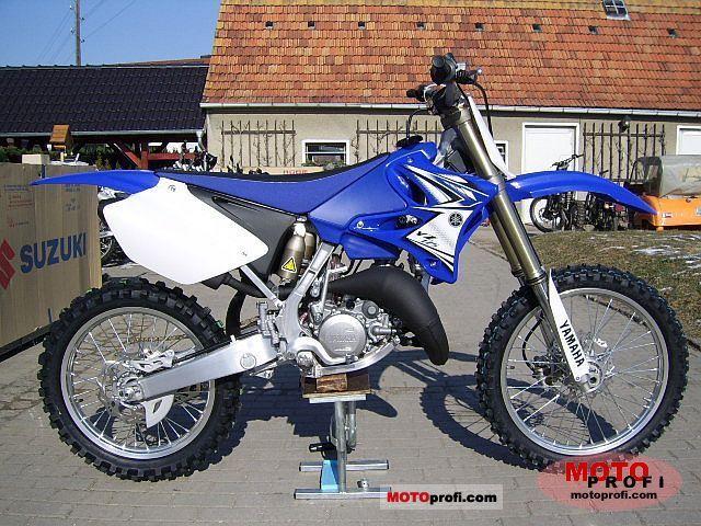 Yamaha YZ125 2011 Specs and Photos