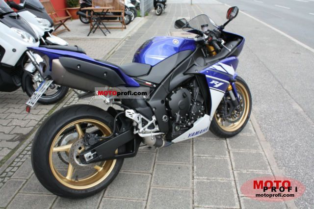 Yamaha YZF-R1 2011 Specs and Photos