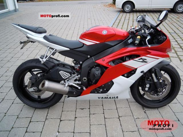 Yamaha YZF-R6 2011 photo